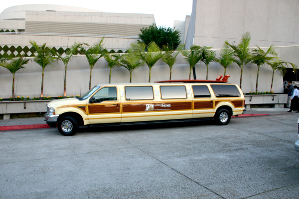 Marriott_extended_woodie_limo