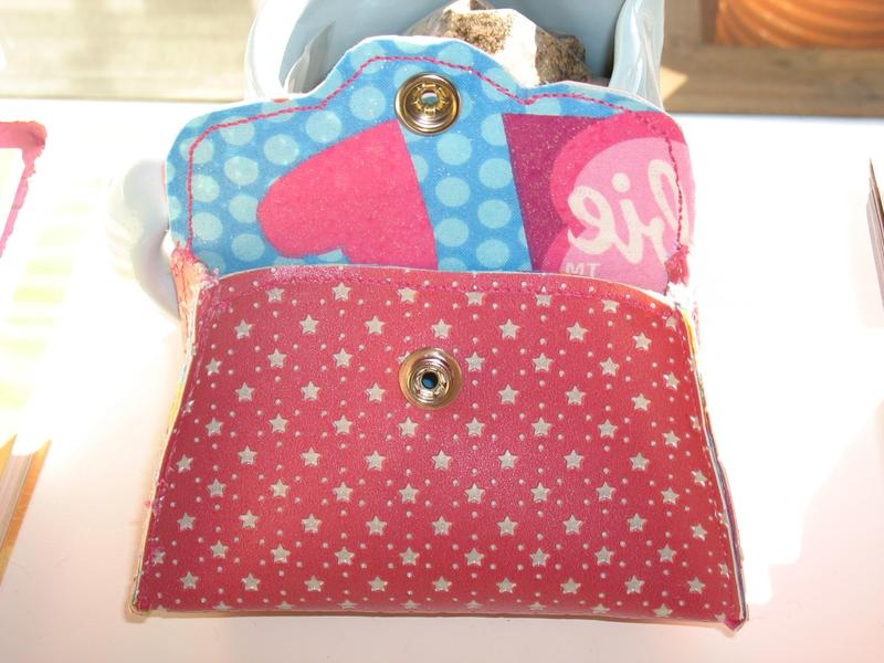 Barbie_coin_purse_001